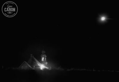 Église et lune
