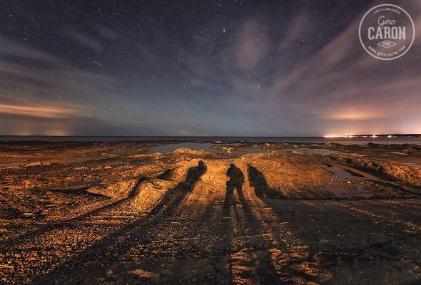 Des ombres sur la plage
