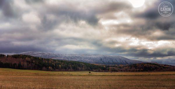 Un peu de neige sur les sommets - version terrestre