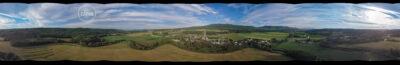 Une autre vue sur le village - Panorama